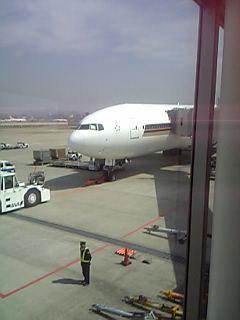 シンガポール行きの飛行機(福岡空港)