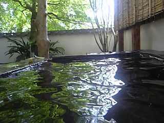 「桐壺の露天風呂」べっぷ昭和園(別府市)