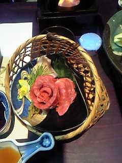 熊本の南黒川温泉「竹ふえ」の馬刺し