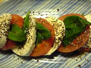 モッツアレラとトマトのサラダ