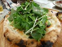 春野菜のピザ