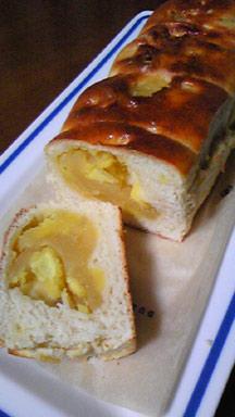 リンゴとさつまいものパン
