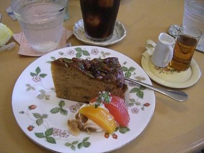 2010.7.4かーちゃんが食べたウマウマケーキ