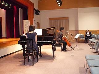 チェロのクラシックコンサート