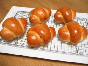 2011 04 19 Pロールパン