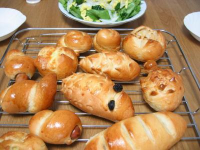 2011 03 30 Pぼくのパンわたしのパン