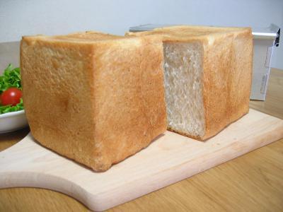 2011 06 05 全粒粉食パン