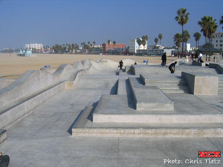 VeniceBeachSkateboardParkLedges[1]