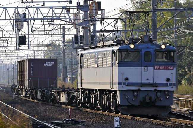 1151レ EF65-1066号機