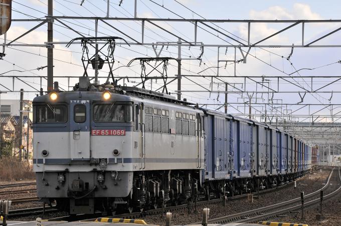 670レ EF65-1069号機