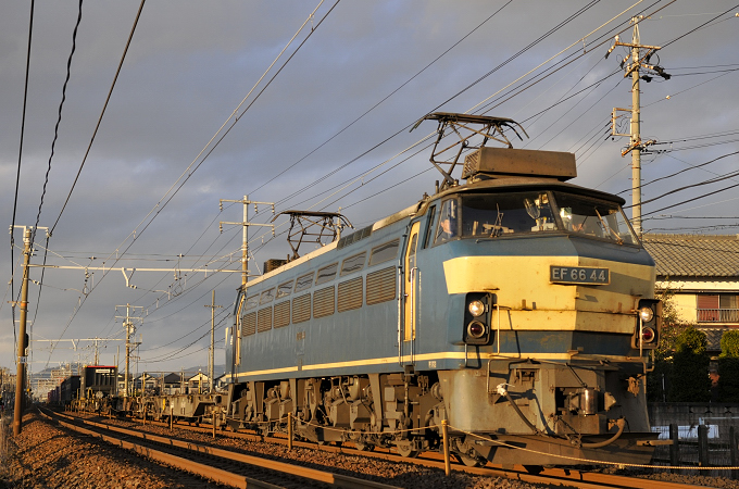 2070レ EF66-44号機