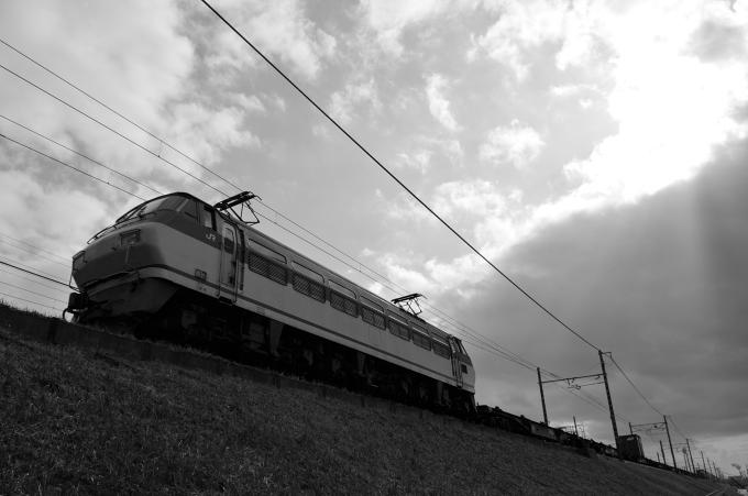 2071レ EF66-122号機