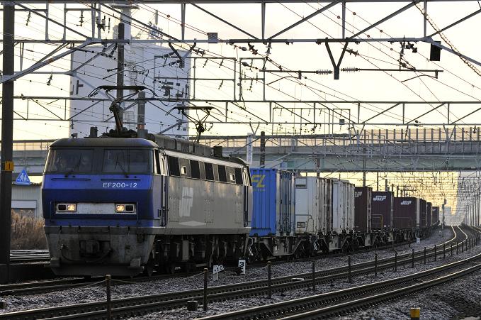 1055レ EF200-12号機