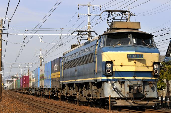 1050レ EF66-25号機