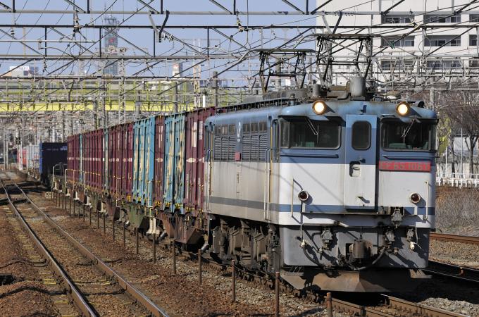 1552レ EF65-1067号機