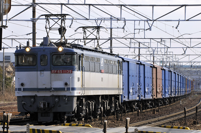 670レ EF65-1139号機