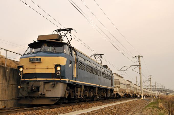 5767レ EF66-21号機