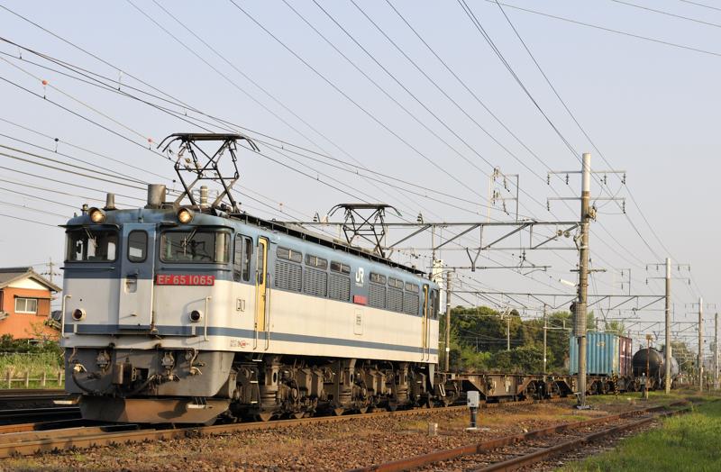 1554レ EF65-1065号機