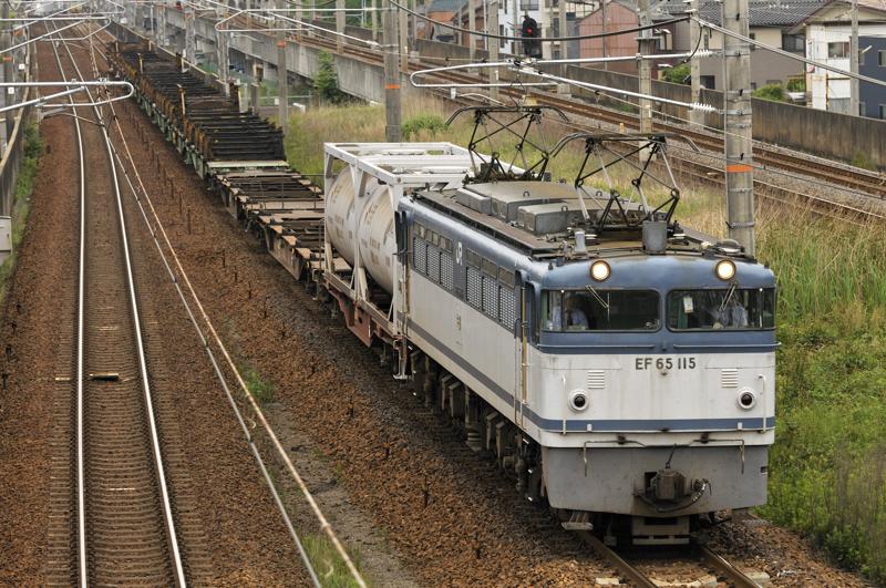 8865レ EF65-115号機