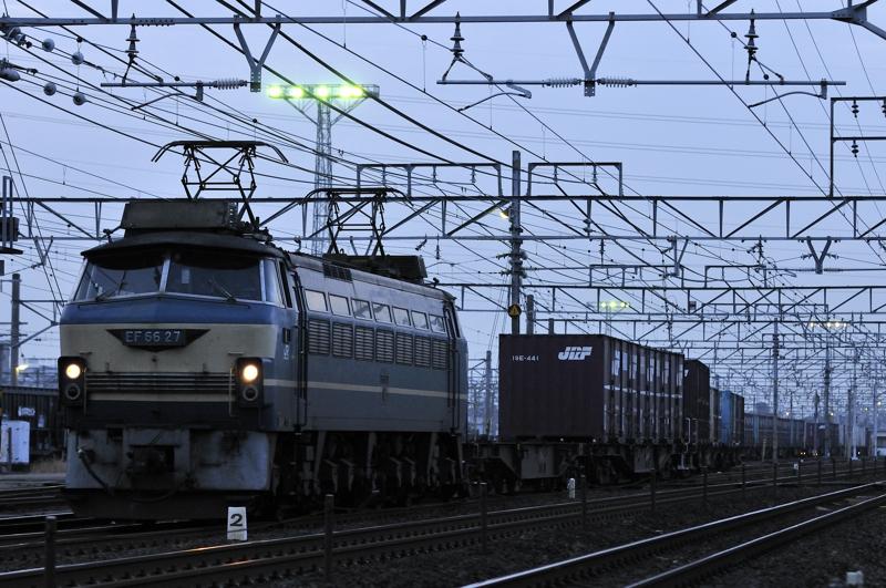 2093レ EF66-27号機