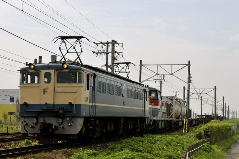 8865レ EF65-1123号機+DE10-1726号機ムド