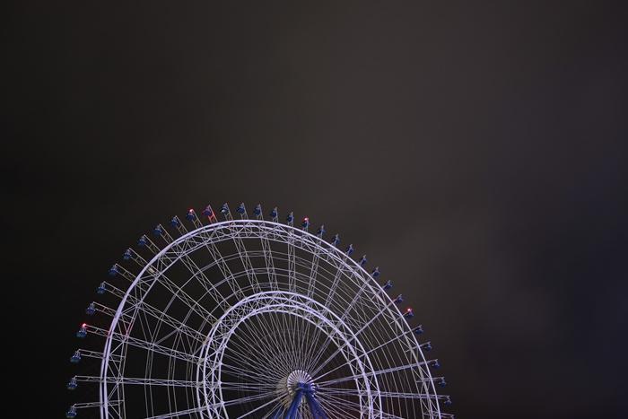 夜のマリノアシティ観覧車