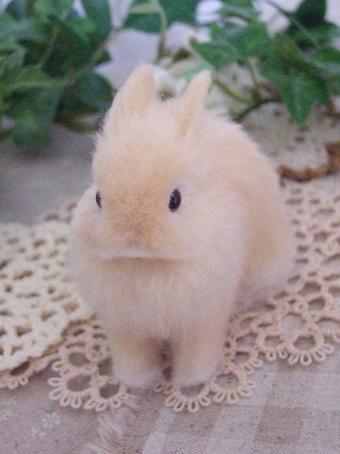 羊毛フェルト うさぎ ウサギ ネザー オレンジ