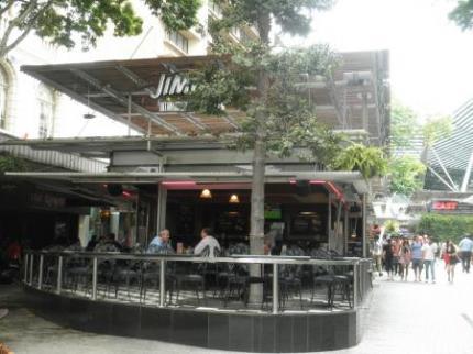 クイーンストリートのレストラン2