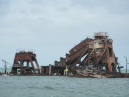 船の残骸3