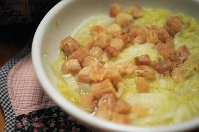 干貝津白:白菜のホタテ蒸しスープ