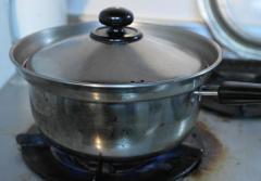 袴つきの鍋S
