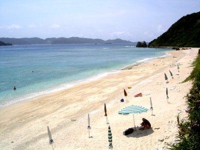 座間味村阿嘉島・北浜(ニシハマ)ビーチ