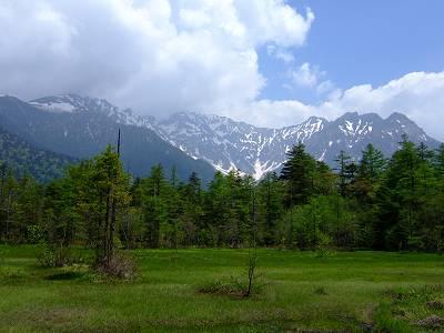田代湿原から見る穂高連峰