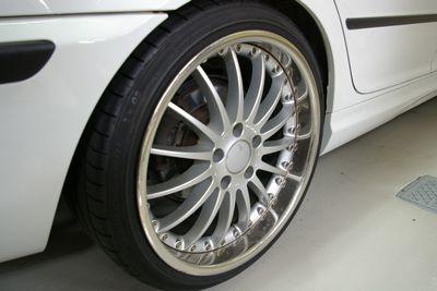 BMW318i5F