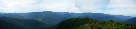 苗場山方面のパノラマ