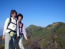 沖武尊と中岳を背景に1