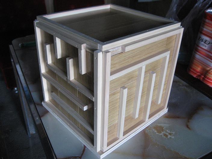貯金箱 (1)