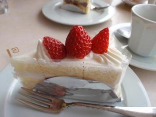 六花亭ショートケーキ