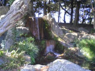 水城湧き水から滝