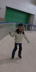 2009.0228アイススケートK加工