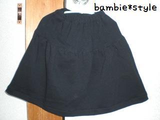 黒いスカート(110)