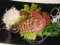 牛肉たたき または ローストビーフ^^