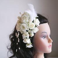 ホワイトローズと羽の和装髪飾り