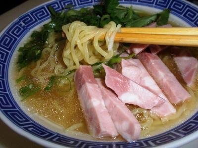函館拉麺しお味たまご麺