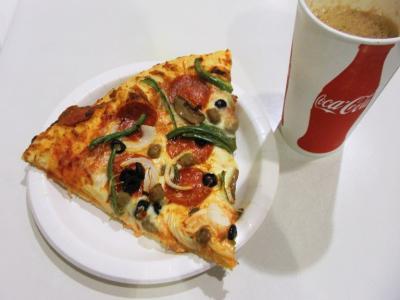 コストコピザとコーラ