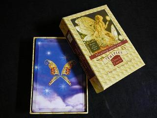 フェアリーオラクルカードの箱