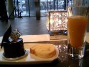 カフェ『パルティシオン』パルティシオン・星が丘ロール・活酵素ジュース