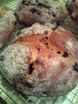 レーズンとクランベリー田舎パン