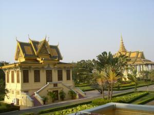 王宮からみた他の建物