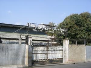 Toul Sleng Genocide Museum 外観